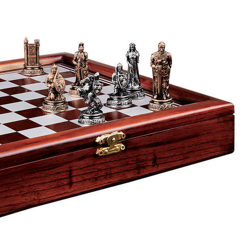 The Knights Mortal Conflict Chess Set