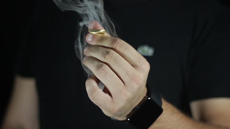 Lynx SMART Smoke Watch by Joo Miranda