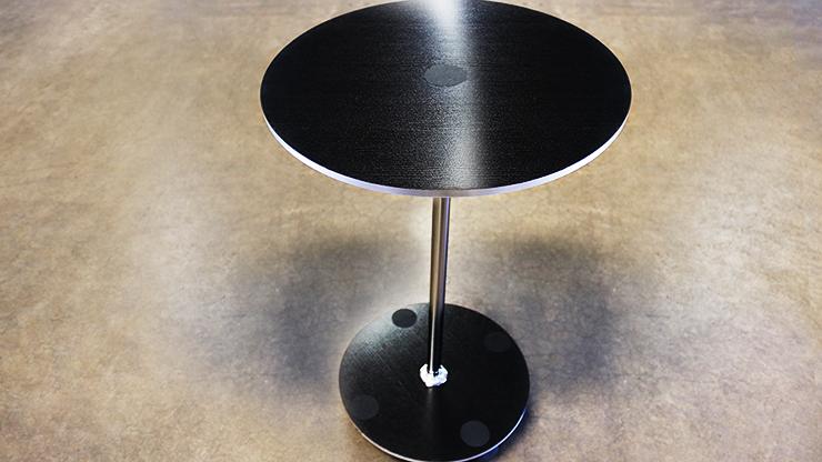 Magic-Table-Circle-by-Tora-Magic