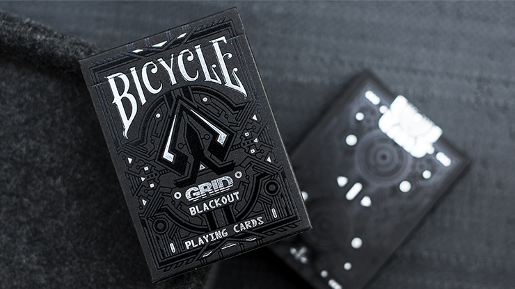 Limited-Edition-Bicycle-Grid-Blackout-Playing-Cards